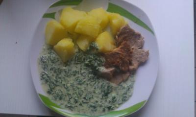 Schweinefilet auf Spinat-Sahne Soße mit Kartoffeln - Rezept