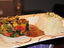 Asiatische Gemüsepfanne an scharfer Kokossauce - Rezept