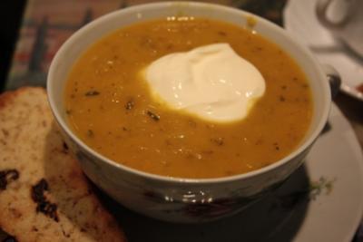 Suppe: Kürbis-Sellerie-Cremesuppe - Rezept