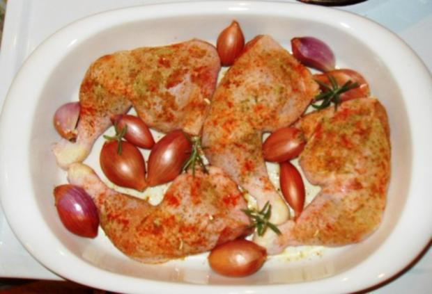 knusprige Hähnchenschenkel mit Rosmarinkartoffeln - Rezept