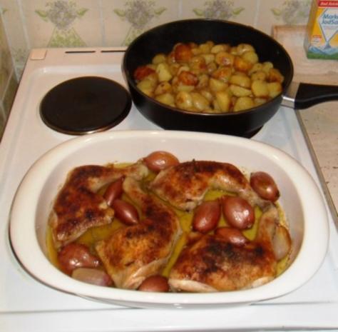 knusprige Hähnchenschenkel mit Rosmarinkartoffeln - Rezept - Bild Nr. 6