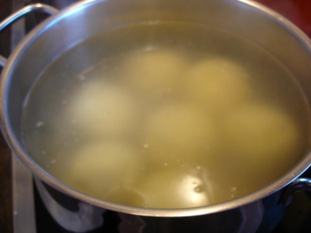 Schäufele mit Sauerkraut und Knödel - Rezept - Bild Nr. 21