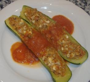 Gefüllte Zucchini andalusischerArt - Rezept