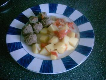 Rezept: Hackbällchen mit Kartoffeln in Soße