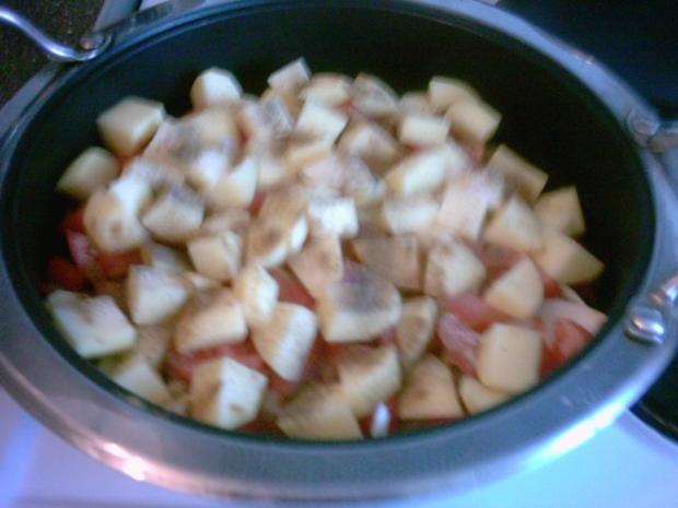 Hackbällchen mit Kartoffeln in Soße - Rezept - Bild Nr. 11