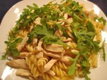 Nudeln mit Rucola-Käse-Soße - Rezept