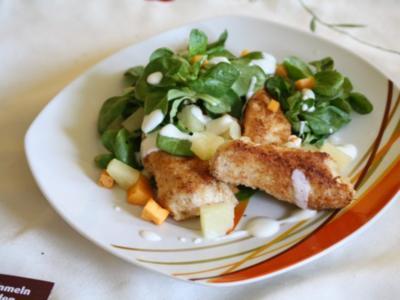 Kokos-Hähnchenbrust mit Kaki-Feldsalat - Rezept