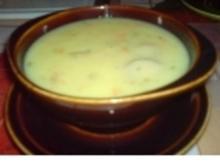 Kartoffelcremesuppe mit Möhren und Bratwürstchen - Rezept