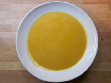 Rezept: Möhren-Kokos-Suppe