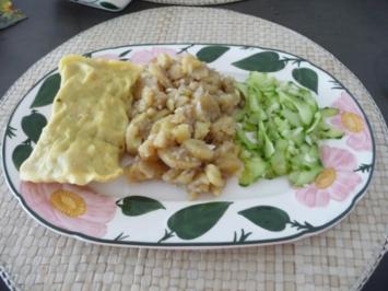 Hauptgericht : Kartoffelsalat mit Maultaschen und Gurkensalat - Rezept