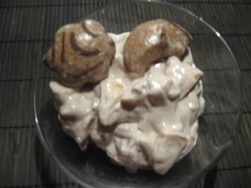 Weihnachtlicher Lebkuchen-Quark mit Apfel und Nüssen - Rezept