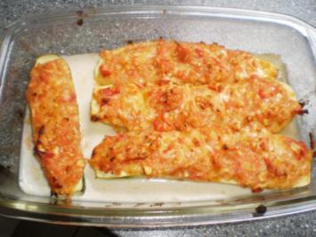 Vegetarisch gefüllte Zucchini - Beilage oder Hauptgericht - Rezept