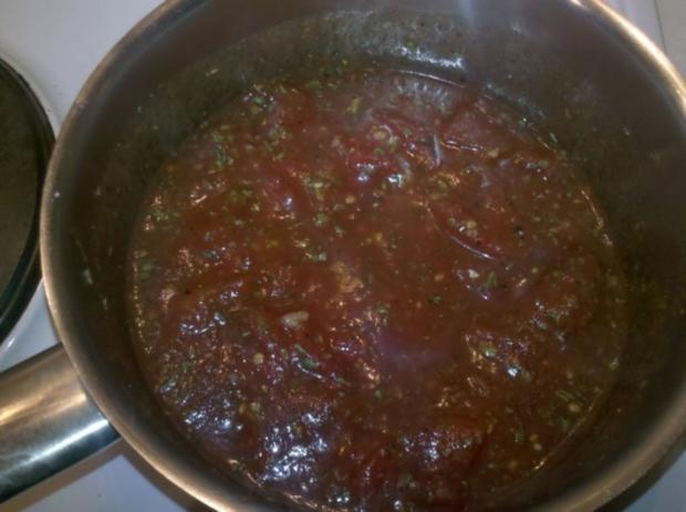 Nudeln: Chinesische Bandnudeln mit italienischer Tomatensoße - Rezept - Bild Nr. 3