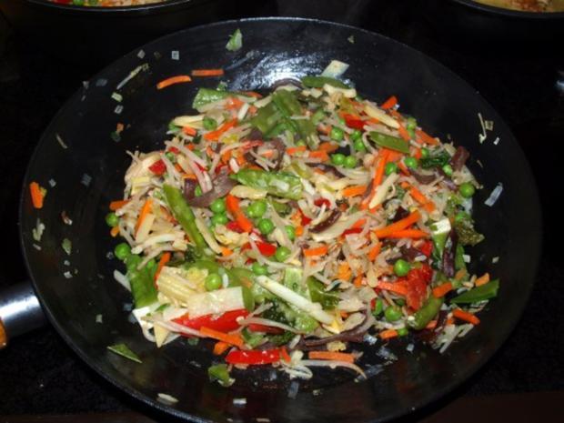 Grünes Hähnchen-Curry       (Kaeng Khiew Wan Gai) - Rezept - Bild Nr. 2