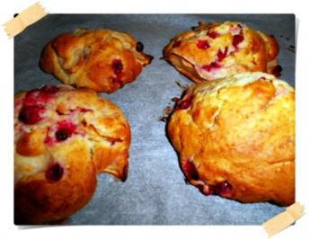 Apfel-Johannisbeer-Brötchen - Rezept