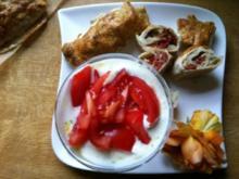 Mozzarella-Tomaten im Blätterteig mit Ziegenkäsedipp - Rezept