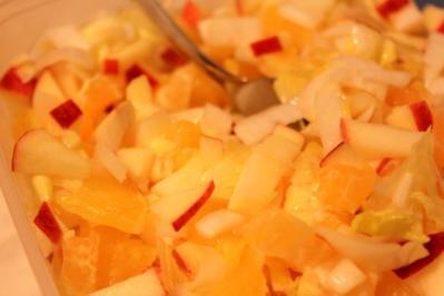 Fruchtiger Chicorée-Salat - Rezept