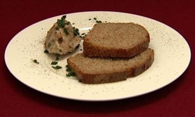 Selbstgebackenes Brot mit Griebenschmalz (Lars Riedel) - Rezept