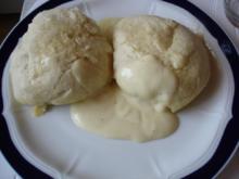 Dampfnudeln ( Süße Hefeklöße ) - Rezept