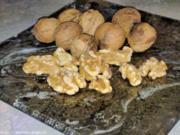 Geschenke aus der Küche: Walnuss-Likör - Rezept