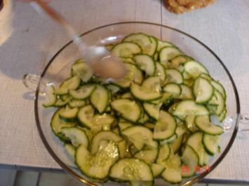 Gurkensalat süss-sauer - Rezept