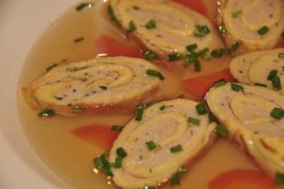 Adventskalender 10. Tag: Weidochsensuppe mit Brätstrudel - Rezept