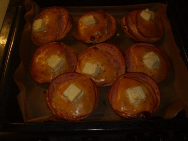 Vollkornbrötchen mit Räucherkäse überbacken - Rezept - Bild Nr. 7