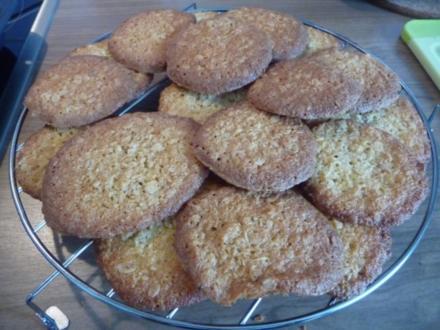 Plätzchen : Haferflocken - Kokos - Plätzchen - Rezept