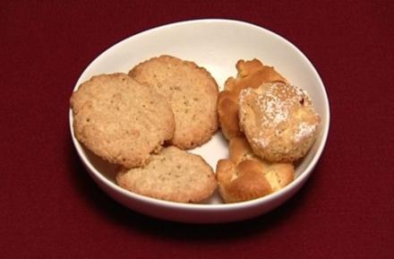 Haferflocken- und Kokoskekse und Zimt-Apfel-Küchlein (Oli P.) - Rezept