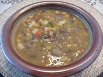 Suppen & Eintopf : Linsen mit Fleischklopse - Rezept