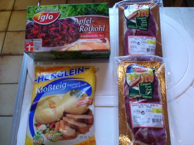 Barbarie Entenbrustfilet mit Rotweinsauce, Apfel-Rotkohl und fränkischen Knödeln - Rezept - Bild Nr. 2