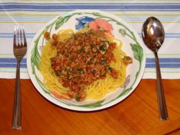 Spaghetti Bolognese alla Mokassa - Rezept