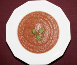 Tomatensuppe mit frischen Kräutern (Andreas Elsholz) - Rezept