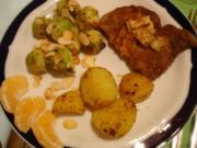 Rosenkohl mit Mandelplättchen, Kalbsschnitzel und geschwenkten Kartoffeln - Rezept
