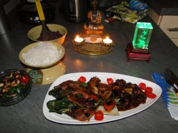 Asiatisches Menü: Wachtelkeulen einmariniert - Rezept