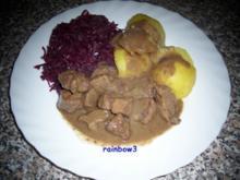Kochen: In Rotweinsauce geschmortes Gulasch - Rezept