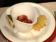 Maispoulardenbrustfilet im Kräutermantel mit Gemüserelish und Rösti à la Kleeberg - Rezept