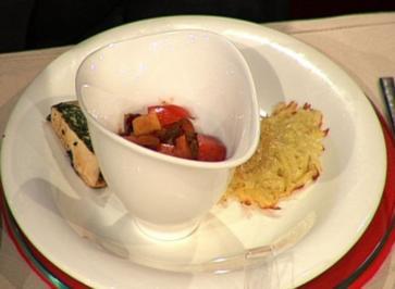 Rezept: Maispoulardenbrustfilet im Kräutermantel mit Gemüserelish und Rösti à la Kleeberg