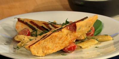 Chorizo-Basilikum-Poularde mit Basilikumrahm-Penne und Zitronen-Basilikumcreme (Männer) - Rezept
