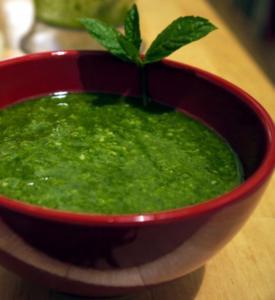 Sesam-Minz-Pesto - Rezept