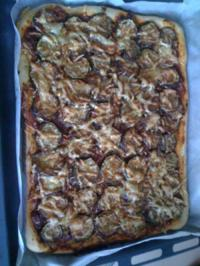 Rezept: Leo´s Zucchini-Knoblauch-Pizza