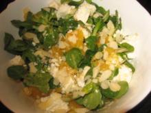 Feldsalat mit Orangenfilets und Schafskäse - Rezept