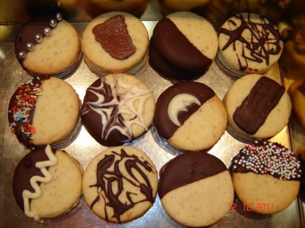 Weihnachtsplätzchen Mit Schokolade.Weihnachtsplätzchen Schoko Marzipan Taler
