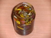 Einlegen: Oliven, schwarz, pikant eingelegt - Rezept