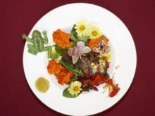 Entenleber auf Feldsalat an Balsamico-Met-Vinaigrette (Katy Karrenbauer) - Rezept