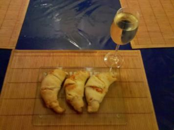 Abendbrot: Gefüllte Croissants mit dreierlei Käse - Rezept