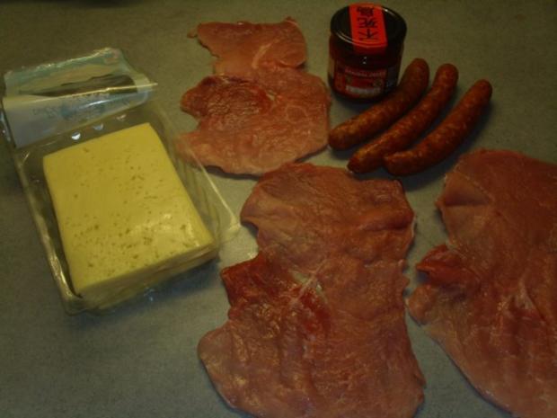 Schweinerouladen mit Knacker - Rezept - Bild Nr. 2