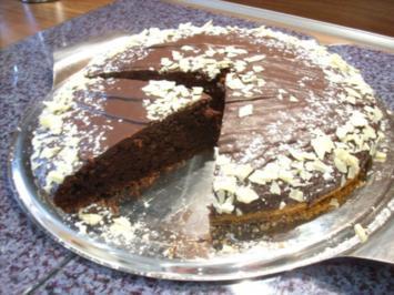 Winterlicher Schoko-Sauerrahm-Kuchen - Rezept