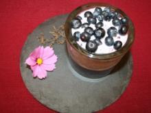 Blaubeer-Macadamia-Cheesecake mit Zimtblüten - Rezept
