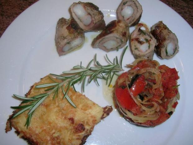 Involtini gefüllt m Riesengarnelen, Kartoffelgratin mit Rosmarin+ Oliven-Tomaten-Türmchen - Rezept - Bild Nr. 3